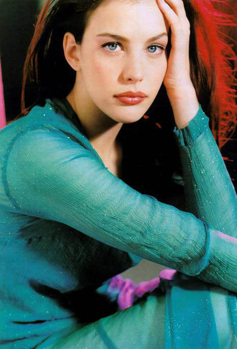 Is Liv Tyler Ugly Or Pretty Yahoo Answers
